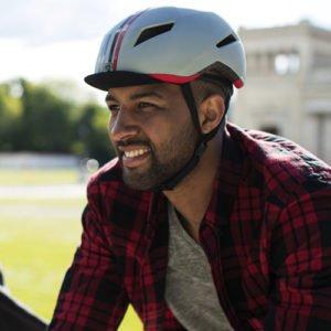 Casco para bicicleta ABUS CREDITION plata